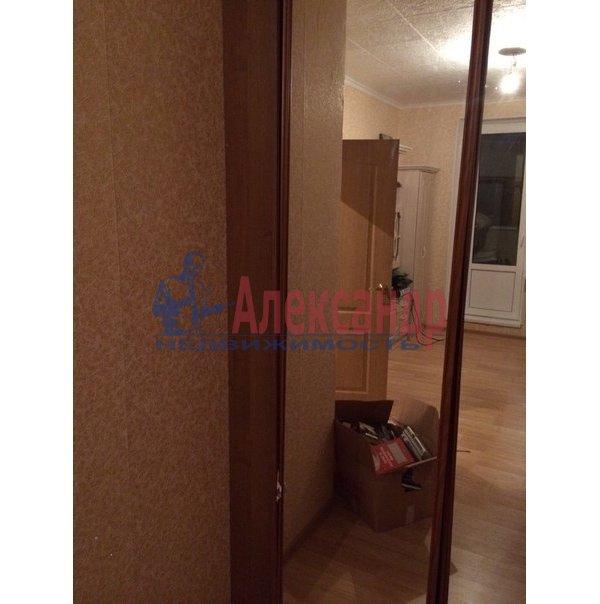 1-комнатная квартира (38м2) в аренду по адресу Шуваловский пр., 37— фото 3 из 10