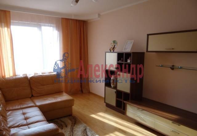 2-комнатная квартира (55м2) в аренду по адресу Пятилеток пр., 10— фото 2 из 4