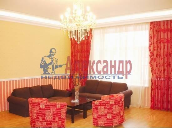 4-комнатная квартира (200м2) в аренду по адресу Лиговский пр., 57— фото 1 из 5