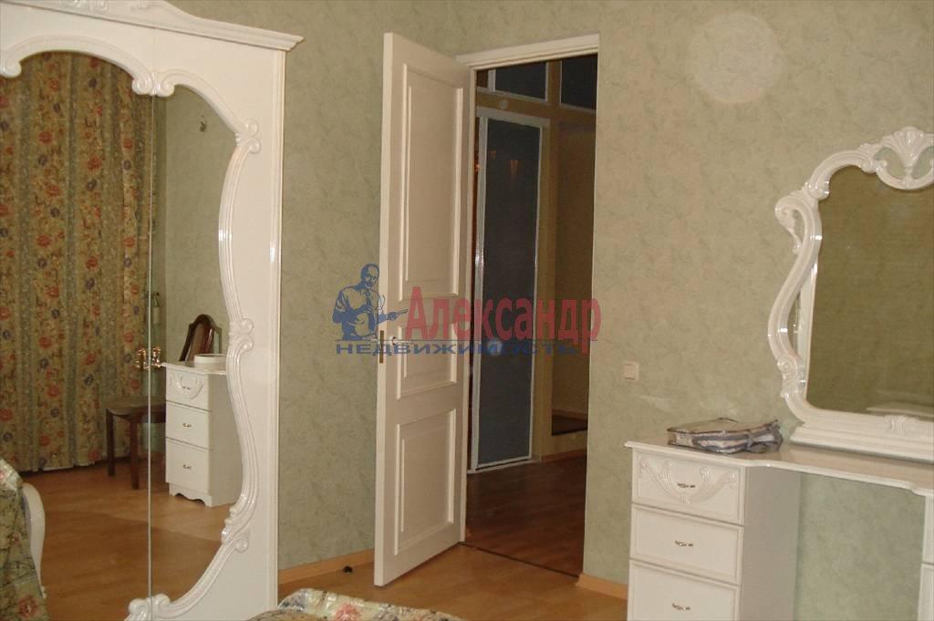 4-комнатная квартира (120м2) в аренду по адресу Большая Конюшенная ул., 3— фото 4 из 10