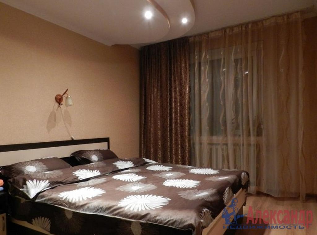 2-комнатная квартира (80м2) в аренду по адресу Сизова пр., 21— фото 2 из 3