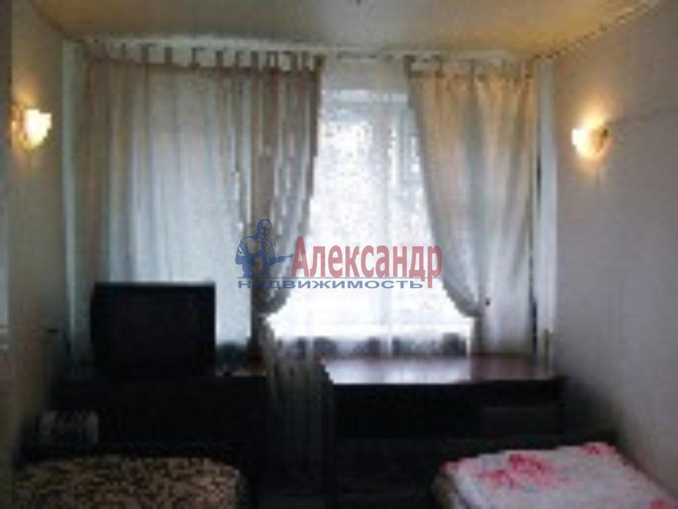1-комнатная квартира (48м2) в аренду по адресу Искровский пр., 32— фото 4 из 5