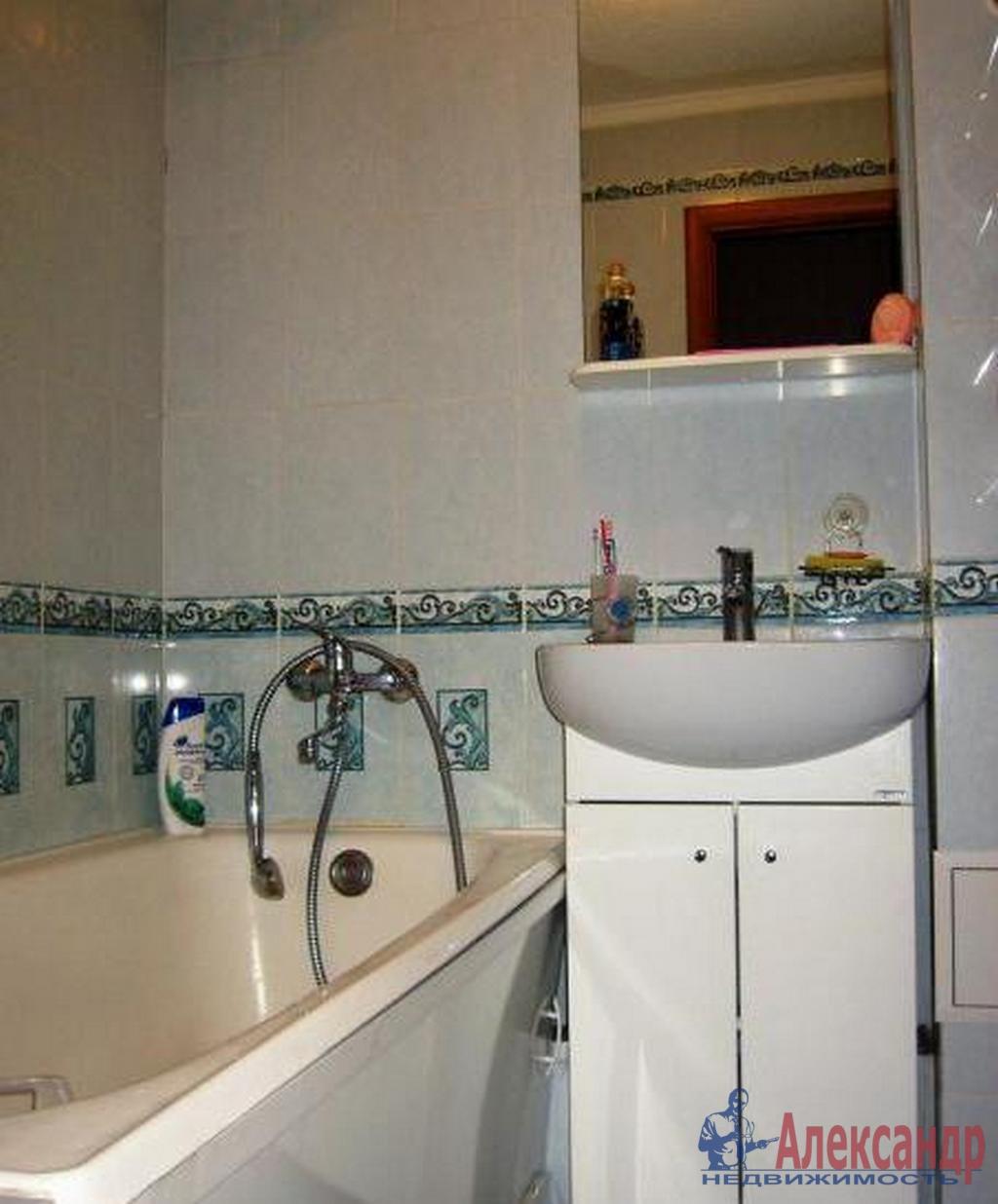 2-комнатная квартира (48м2) в аренду по адресу Наличная ул., 36— фото 4 из 4