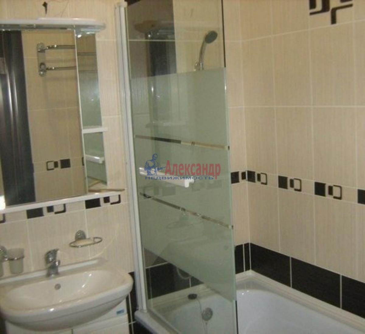 Комната в 2-комнатной квартире (43м2) в аренду по адресу Славы пр., 16— фото 4 из 4