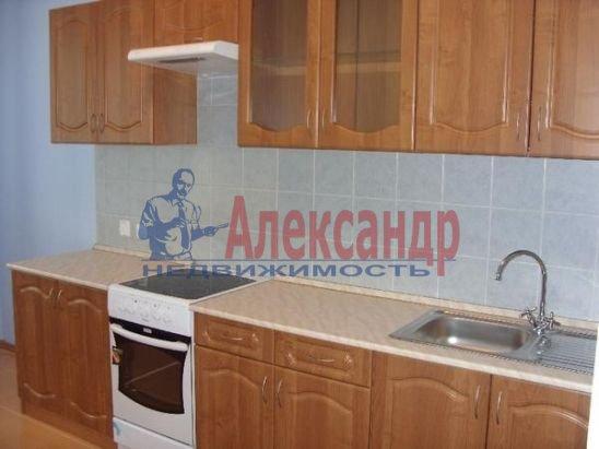 1-комнатная квартира (51м2) в аренду по адресу Альпийский пер., 33— фото 2 из 8