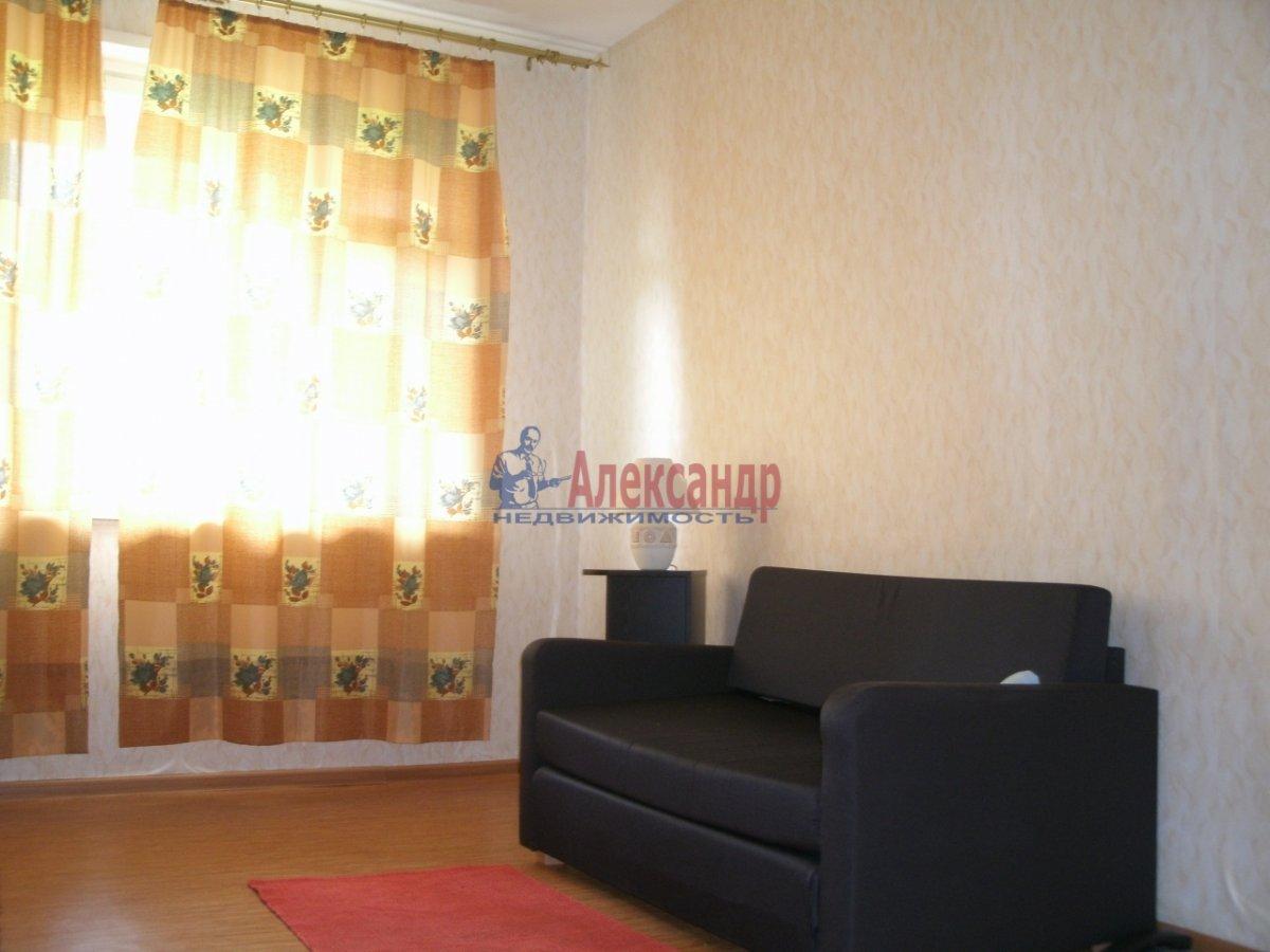 1-комнатная квартира (40м2) в аренду по адресу Просвещения просп., 99— фото 1 из 4