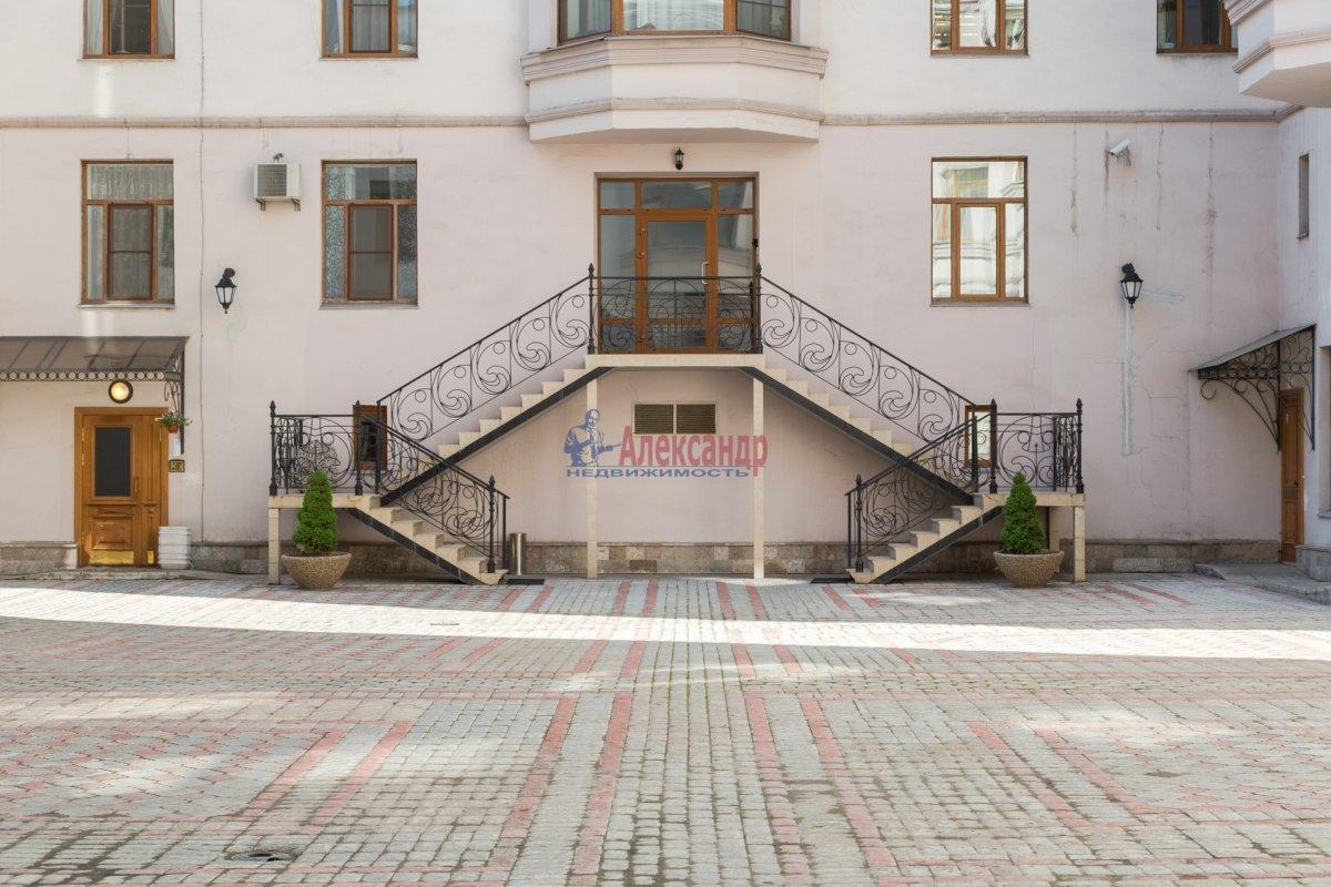 3-комнатная квартира (108м2) в аренду по адресу Введенская ул., 21— фото 21 из 25