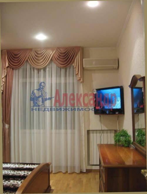 3-комнатная квартира (85м2) в аренду по адресу Типанова ул., 8— фото 5 из 10