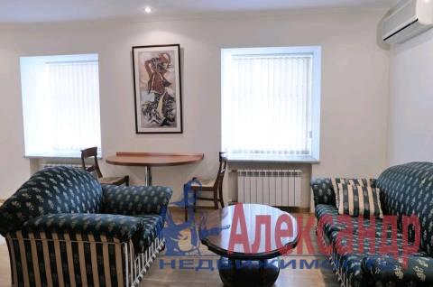 3-комнатная квартира (100м2) в аренду по адресу Канала Грибоедова наб., 23— фото 1 из 5