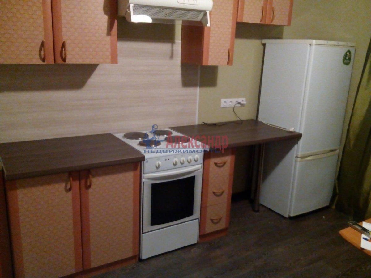 2-комнатная квартира (72м2) в аренду по адресу Лыжный пер., 4— фото 6 из 9