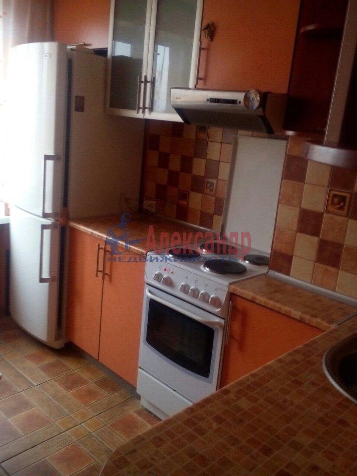 Комната в 3-комнатной квартире (87м2) в аренду по адресу Ярослава Гашека ул., 8— фото 2 из 2