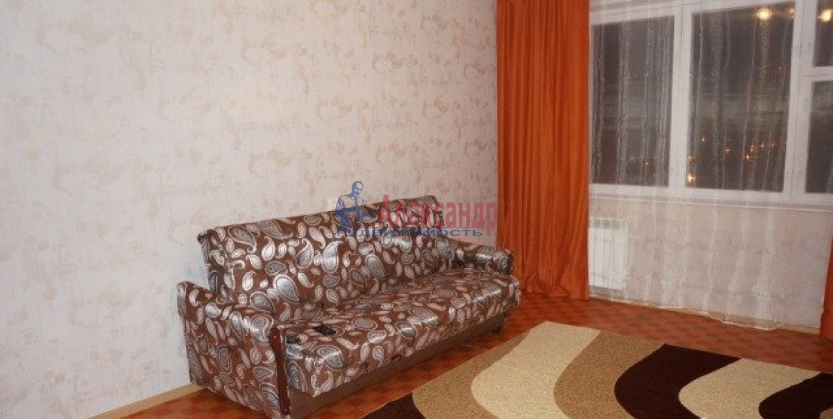 Комната в 3-комнатной квартире (78м2) в аренду по адресу Гороховая ул.— фото 2 из 5