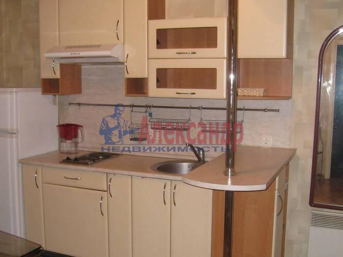 1-комнатная квартира (55м2) в аренду по адресу 2 Никитинская ул., 53— фото 4 из 10