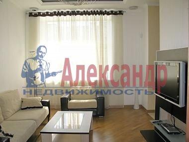 1-комнатная квартира (40м2) в аренду по адресу Сенная пл.— фото 2 из 4
