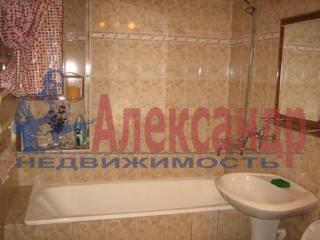 3-комнатная квартира (74м2) в аренду по адресу Дмитровский пер., 16— фото 4 из 5