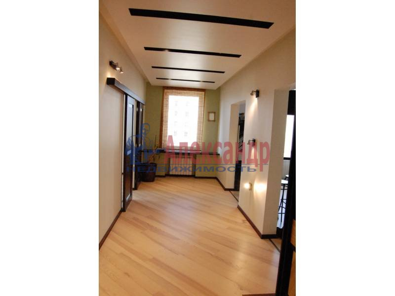 2-комнатная квартира (100м2) в аренду по адресу Кораблестроителей ул., 30— фото 12 из 14