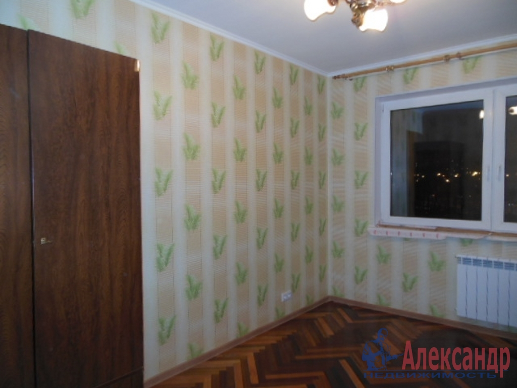 3-комнатная квартира (75м2) в аренду по адресу Кораблестроителей ул., 37— фото 4 из 7
