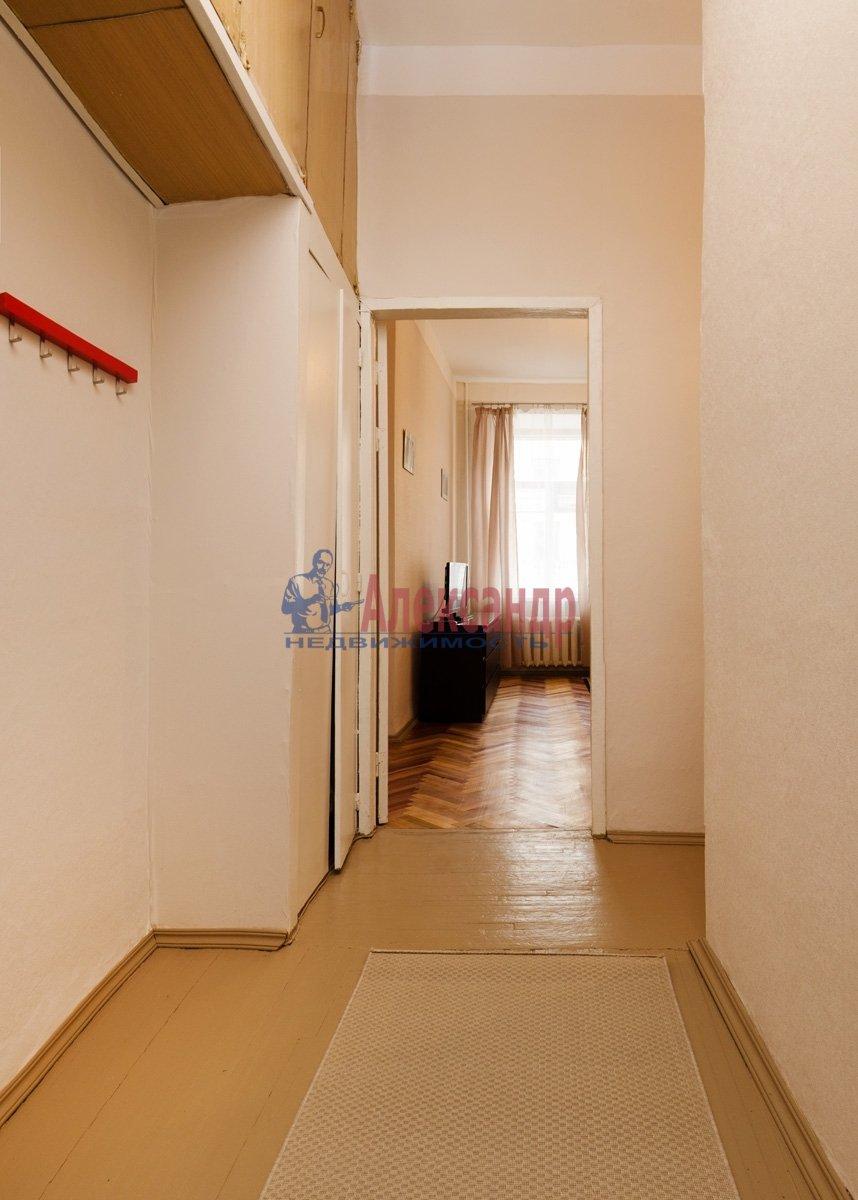 1-комнатная квартира (42м2) в аренду по адресу Большая Конюшенная ул., 2— фото 3 из 6