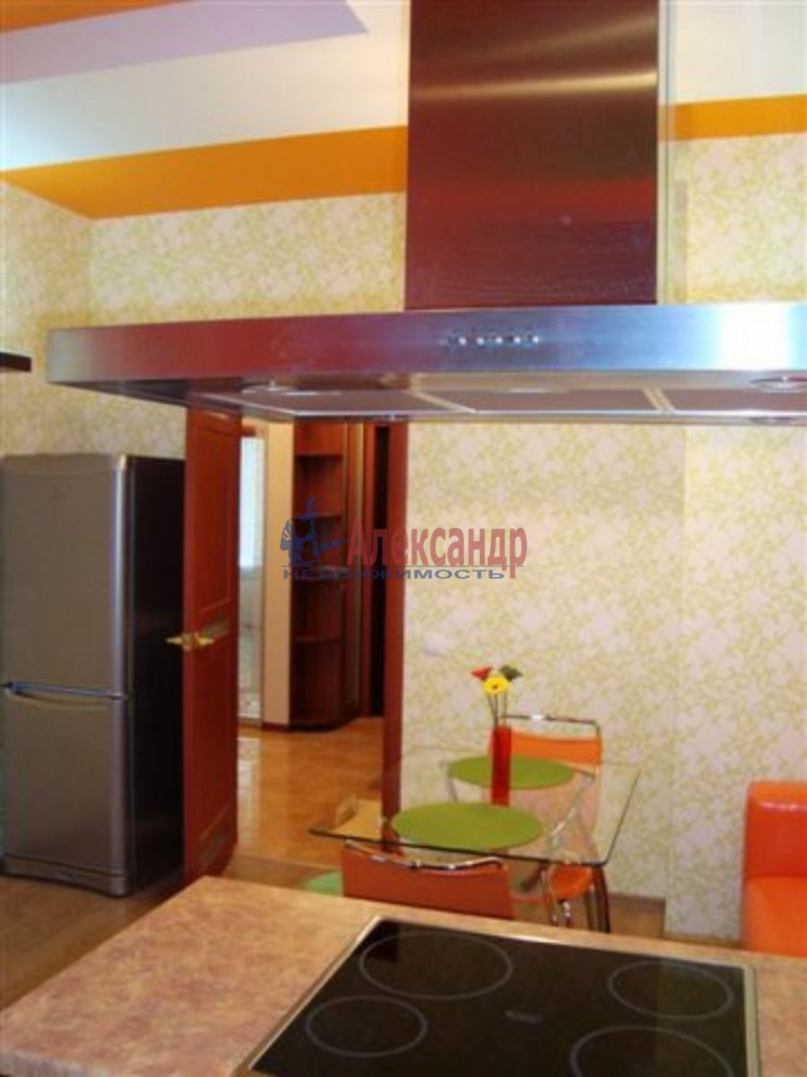 1-комнатная квартира (35м2) в аренду по адресу Херсонская ул., 2— фото 2 из 3