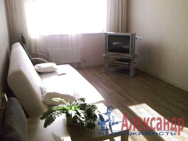 1-комнатная квартира (40м2) в аренду по адресу Юрия Гагарина просп., 12— фото 2 из 3