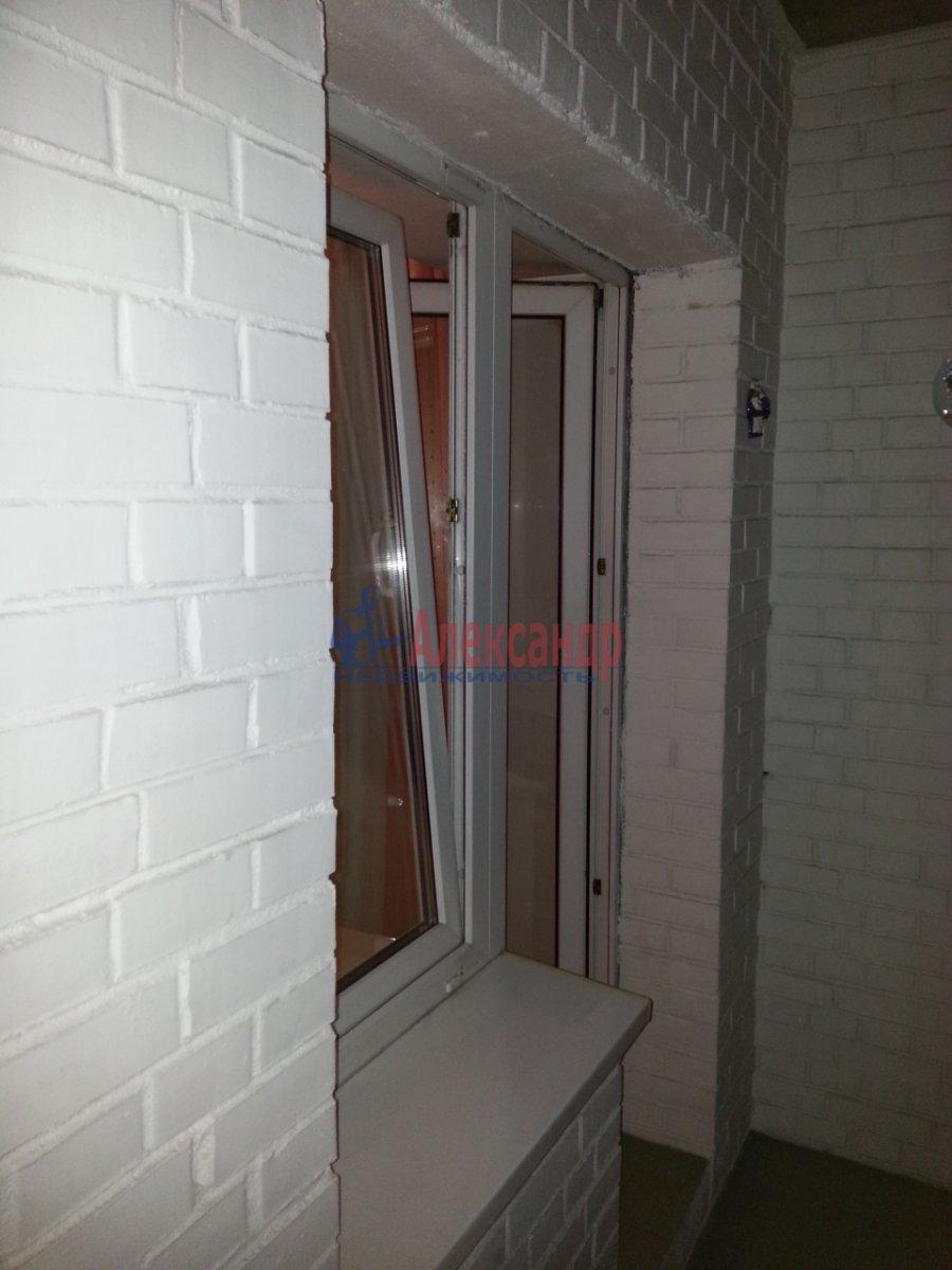 1-комнатная квартира (48м2) в аренду по адресу Ленсовета ул., 88— фото 15 из 18