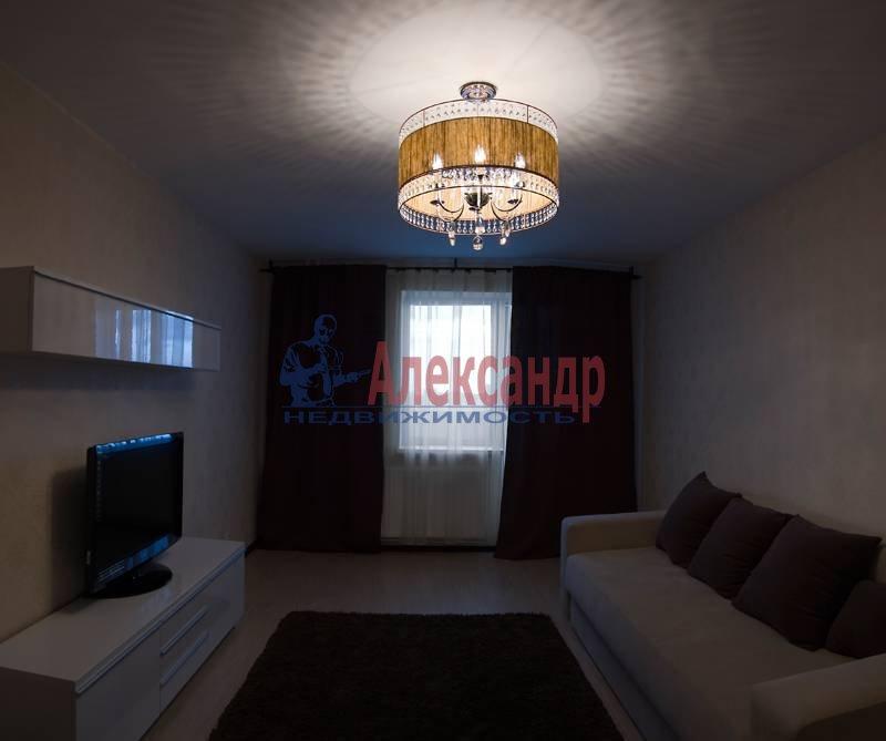 2-комнатная квартира (50м2) в аренду по адресу Космонавтов просп., 61— фото 8 из 11
