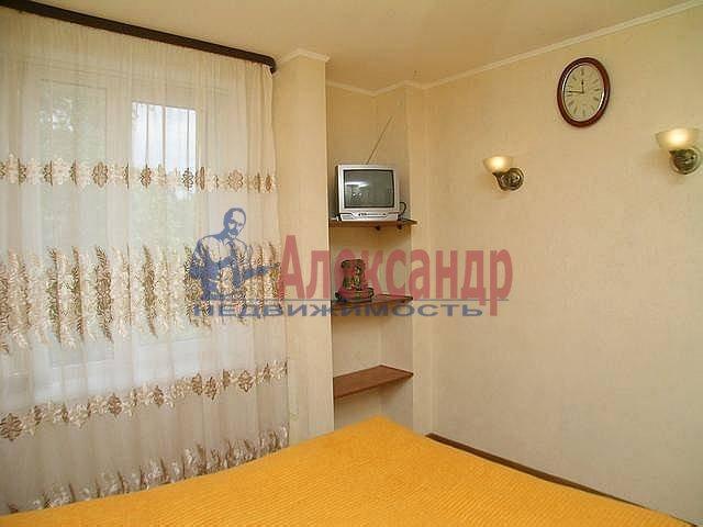 2-комнатная квартира (67м2) в аренду по адресу Ленина ул., 26— фото 2 из 12