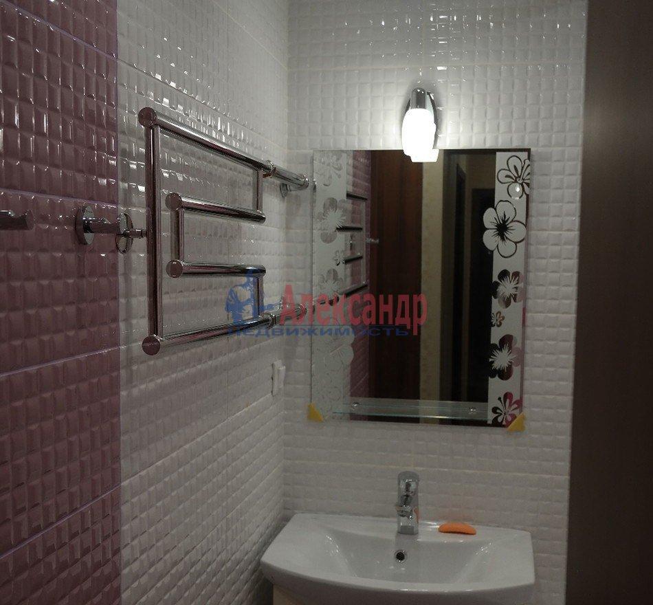 1-комнатная квартира (43м2) в аренду по адресу Юрия Гагарина просп., 14— фото 4 из 10