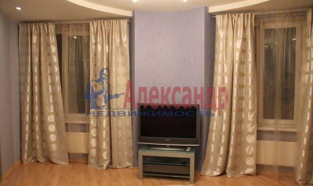 2-комнатная квартира (66м2) в аренду по адресу Энгельса пр., 97— фото 4 из 8