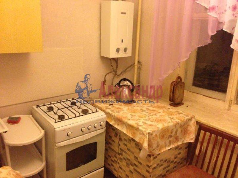 2-комнатная квартира (50м2) в аренду по адресу Маршала Блюхера пр., 59— фото 4 из 4