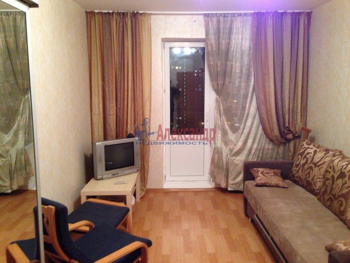 1-комнатная квартира (38м2) в аренду по адресу Парголово пос., Федора Абрамова ул., 16— фото 1 из 7