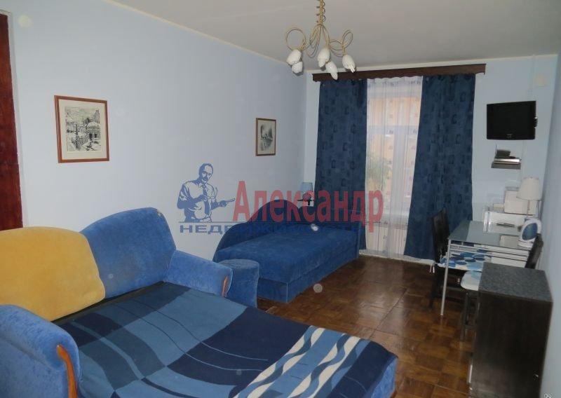 Комната в 3-комнатной квартире (67м2) в аренду по адресу Черняховского ул., 35— фото 1 из 3
