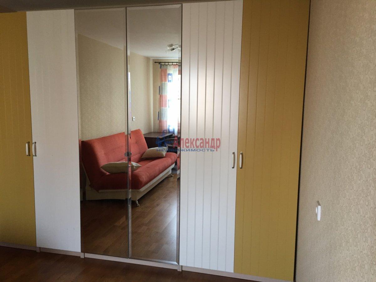 1-комнатная квартира (35м2) в аренду по адресу Шлиссельбургский пр., 45— фото 4 из 13