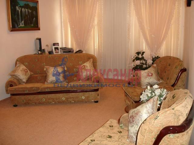 3-комнатная квартира (100м2) в аренду по адресу Достоевского ул.— фото 2 из 4