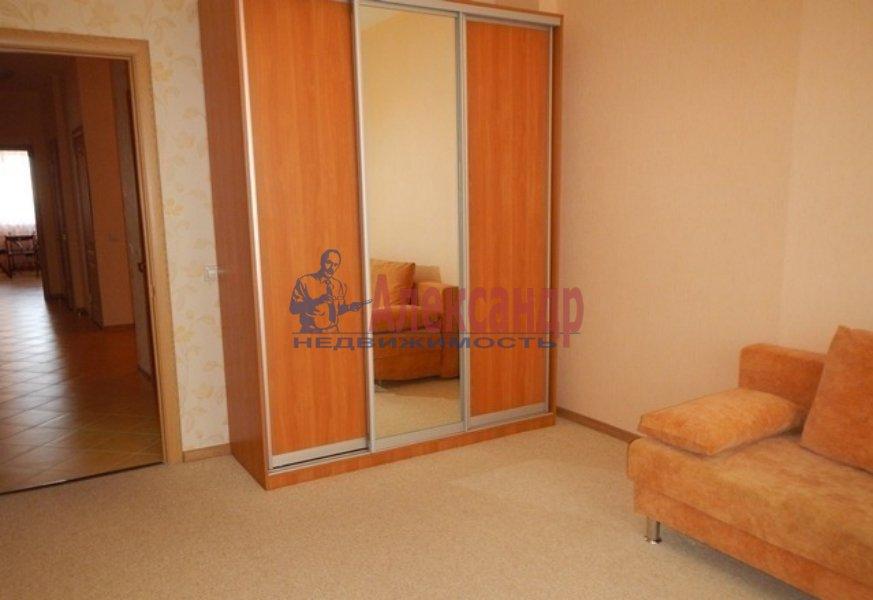 3-комнатная квартира (72м2) в аренду по адресу Славы пр., 51— фото 3 из 5