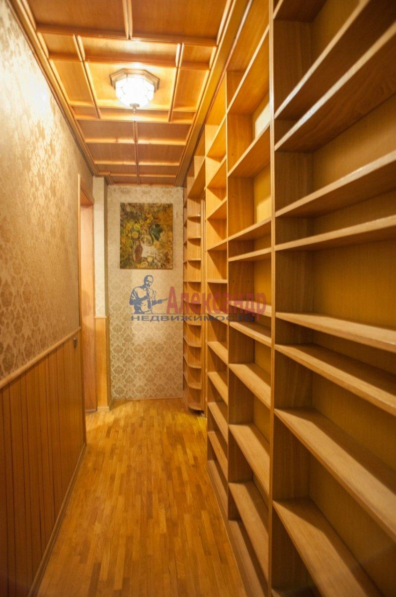 2-комнатная квартира (72м2) в аренду по адресу Реки Фонтанки наб., 64— фото 5 из 7