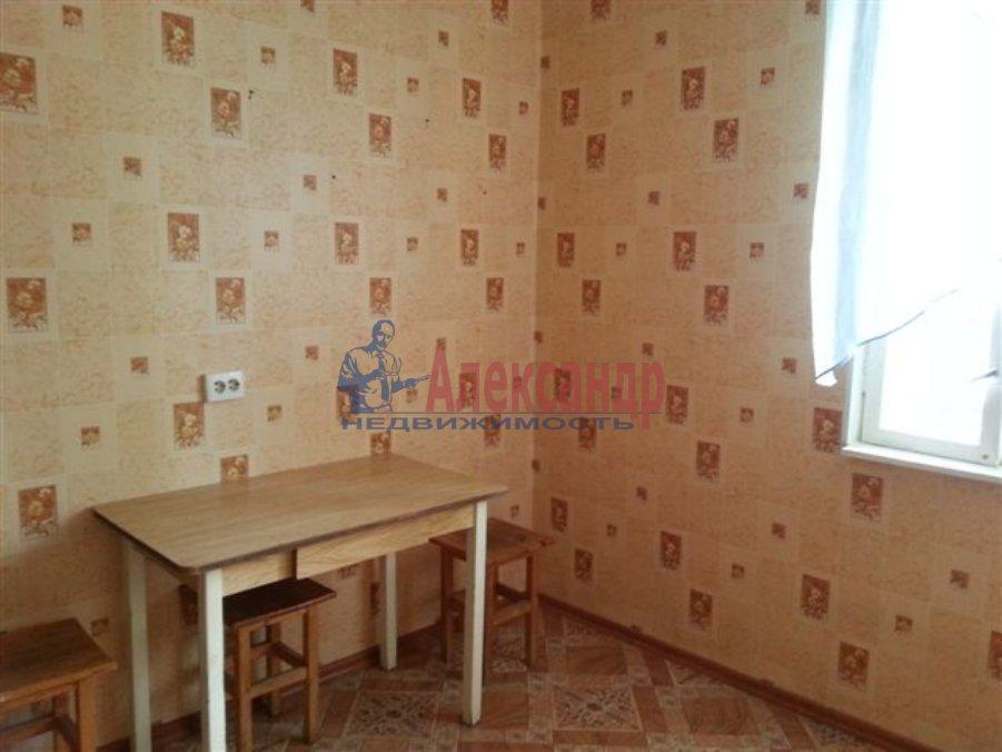 1-комнатная квартира (45м2) в аренду по адресу Смоленская ул., 11— фото 2 из 3