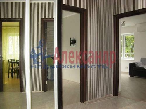 2-комнатная квартира (60м2) в аренду по адресу Космонавтов просп., 65— фото 6 из 21