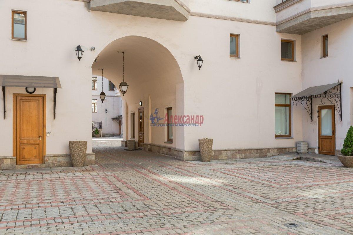 3-комнатная квартира (108м2) в аренду по адресу Введенская ул., 21— фото 23 из 25