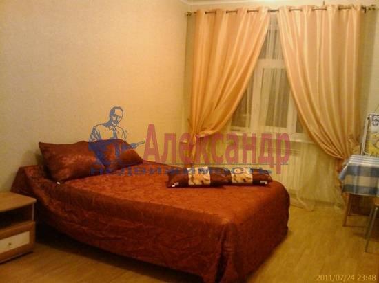 2-комнатная квартира (60м2) в аренду по адресу Тверская ул.— фото 1 из 5