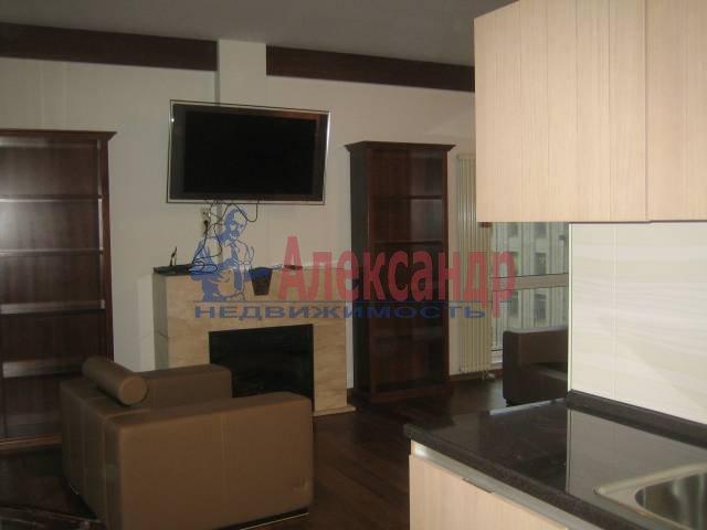 4-комнатная квартира (140м2) в аренду по адресу Шпалерная ул., 60— фото 1 из 3
