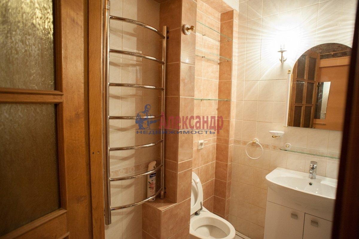 2-комнатная квартира (72м2) в аренду по адресу Реки Фонтанки наб., 64— фото 6 из 7