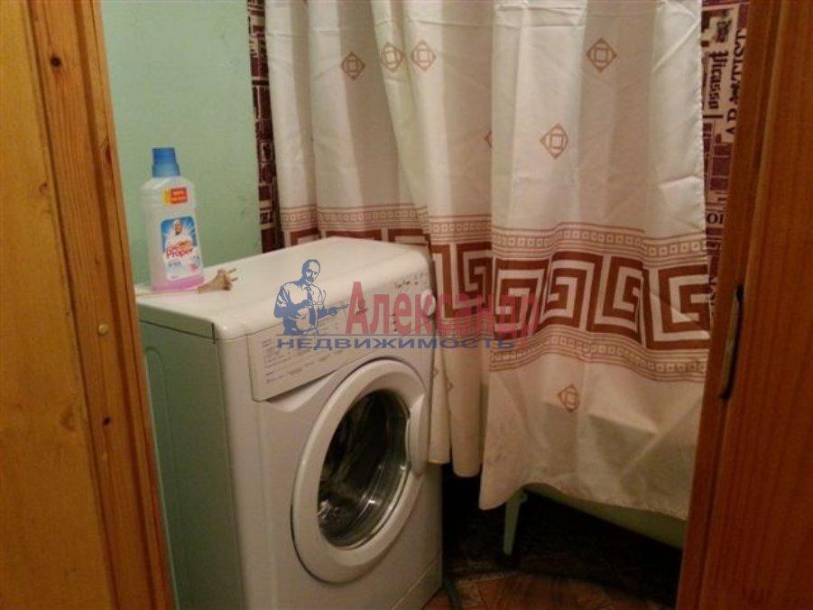 1-комнатная квартира (45м2) в аренду по адресу Смоленская ул., 11— фото 3 из 3