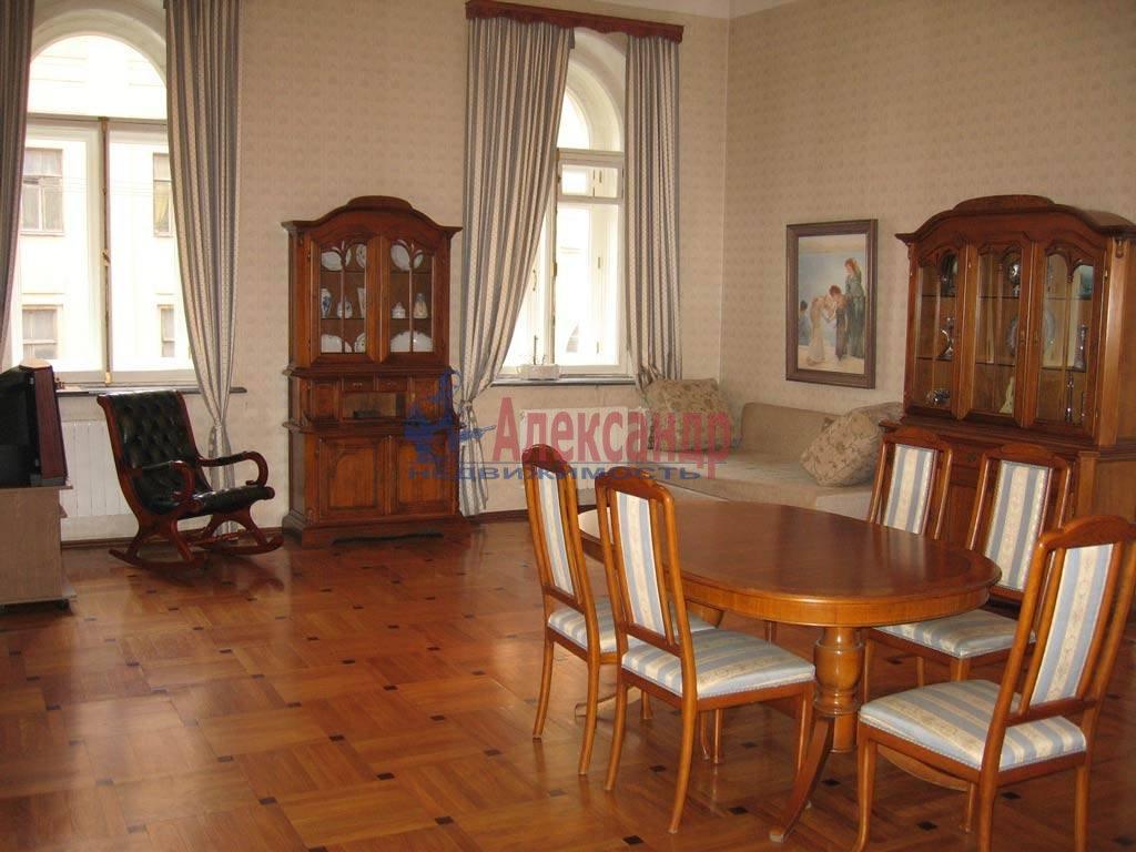 3-комнатная квартира (115м2) в аренду по адресу Глинки ул., 1— фото 1 из 9