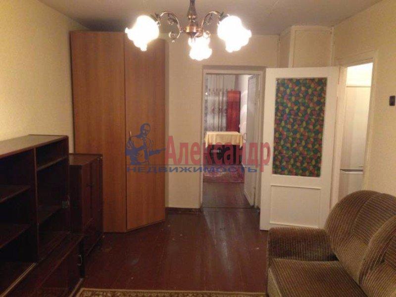 2-комнатная квартира (50м2) в аренду по адресу Маршала Блюхера пр., 59— фото 2 из 4