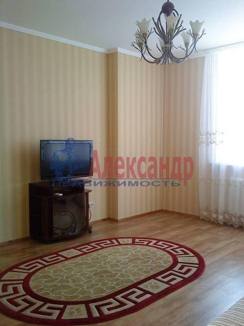 2-комнатная квартира (57м2) в аренду по адресу Канала Грибоедова наб., 82— фото 2 из 5