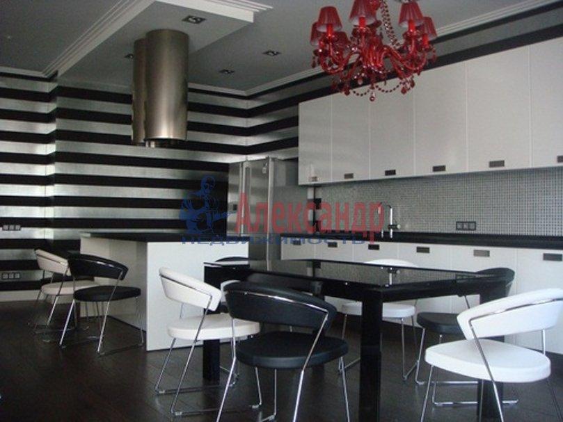 3-комнатная квартира (126м2) в аренду по адресу Средний В.О. пр., 85— фото 3 из 11