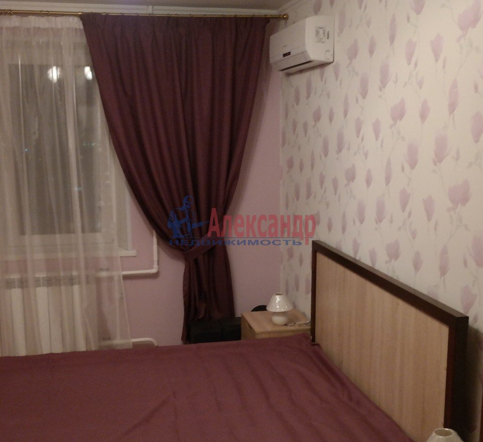 1-комнатная квартира (43м2) в аренду по адресу Юрия Гагарина просп., 14— фото 6 из 10