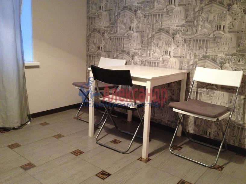 1-комнатная квартира (35м2) в аренду по адресу Савушкина ул., 36— фото 2 из 3