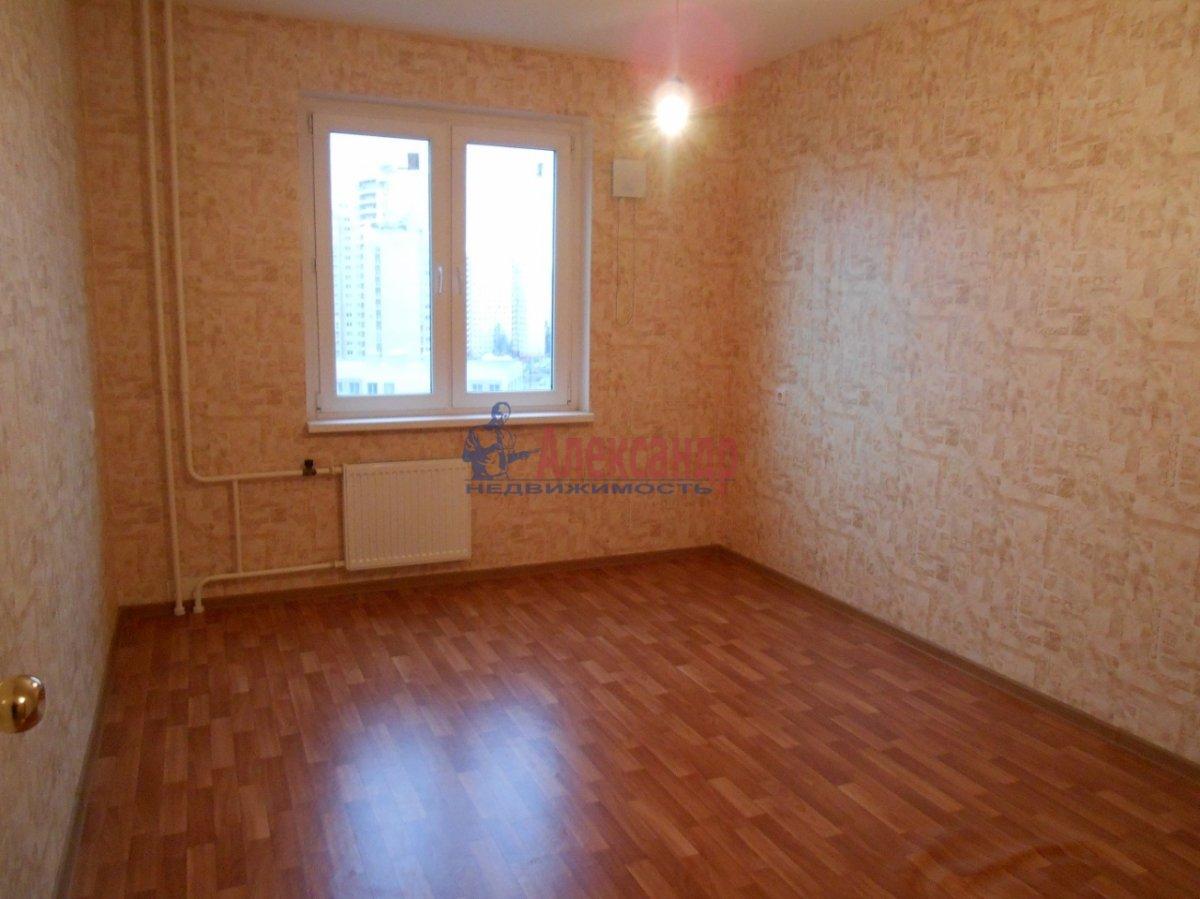 3-комнатная квартира (83м2) в аренду по адресу Камышовая ул., 54— фото 3 из 4
